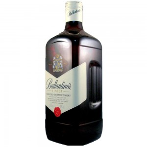 BALLANTINE'S FINEST WHISKY 1,5L